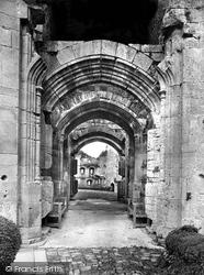 Raglan, The Castle Gateway 1931
