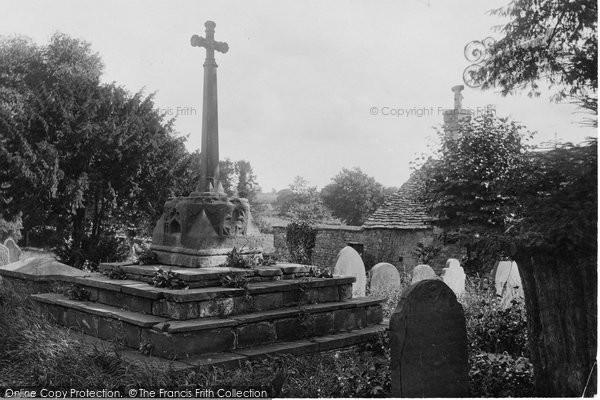 Photo of Raglan, The Church Cross 1914