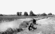 Photo of Berwick Pond c1960, Rainham