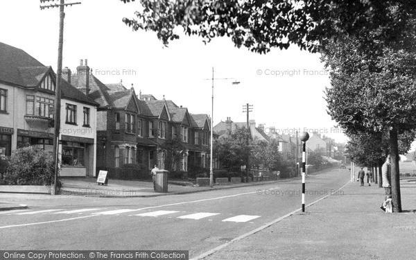 Rainham, London Road c1950