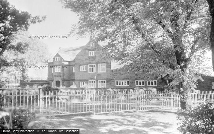 Photo of Rainhill, Manor Farm c.1939