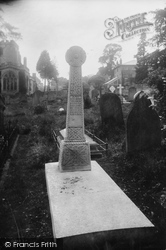 Ramsbury, Churchyard, Waldron Cross 1910