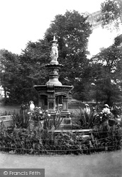 Ellington Park, The Fountain 1907, Ramsgate