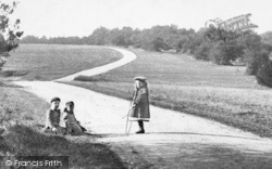 Ranmore Common, Young Children 1906