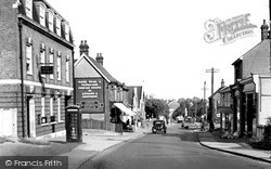 Rayleigh, High Road c.1950