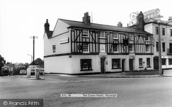 Rayleigh, The Crown Hotel c.1965