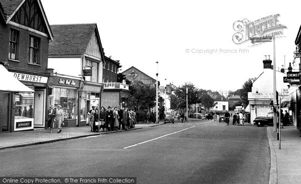 Photo of Rayleigh, the High Street 1957, ref. r224031