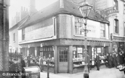 Reading, Chain Street Corner Book Shop c.1905