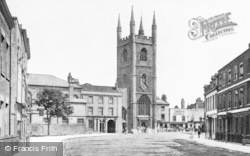 Reading, Old Town Hall And St Laurence's Church c.1870
