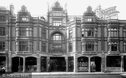 The Arcade 1896, Reading