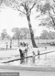 Reading, The Paddling Pool c.1955