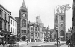 Reading, Town Hall And St Laurence's 1893