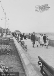 Redcar, A Family Day Out 1929