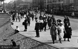 Redcar, Promenading 1923