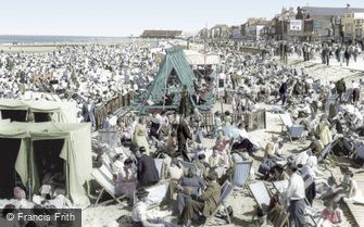 Redcar, the Beach c1955