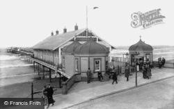 The Pier 1913, Redcar