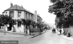 Redhill, Brighton Road 1915