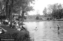 Redhill, Earlswood Lake c.1950