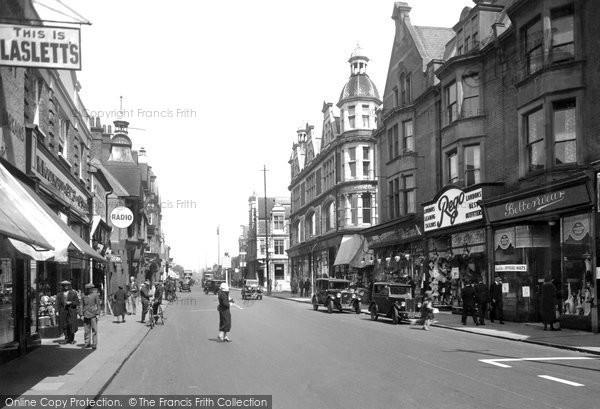 Photo of Redhill, High Street 1933