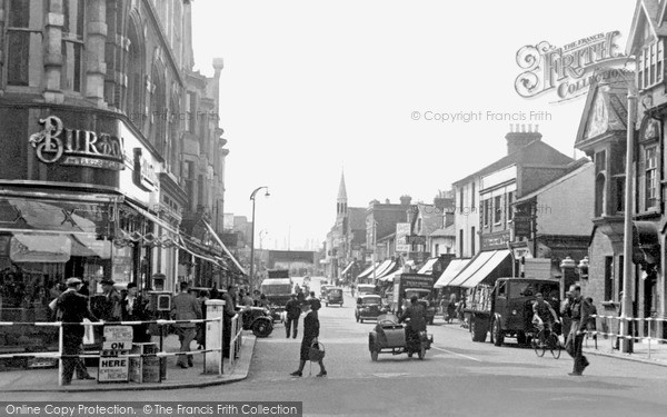 Photo of Redhill, High Street c.1955