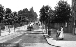 Redhill, London Road 1906