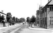 Redhill, London Road And The Colman Institute 1906