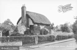 Redhill, Thatch Cottage, Linkfield Lane c.1960