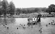 Redhill, the Earlswood Lakes c1950