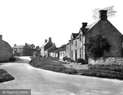 Village 1929, Redmire