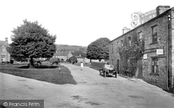 Village And Post Office 1929, Redmire