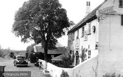 Reedham, The Ferry Inn c.1955