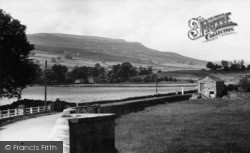 Reeth, From The Bridge c.1955