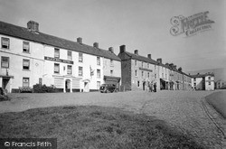 Reeth, The Black Bull Hotel And High Row c.1950