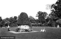 Reigate, Castle Grounds 1915