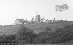 Reigate, The Heath And Windmill 1927