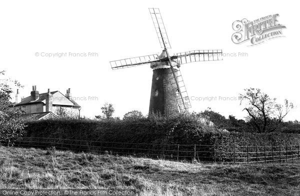 ,Reigate, Wray Common Windmill 1907, Surrey,