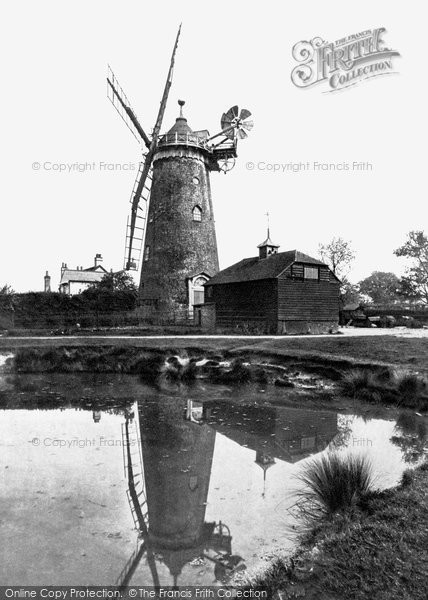 ,Reigate, Wray Common Windmill 1919, Surrey,