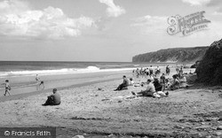 Gap, The Beach c.1960, Reighton