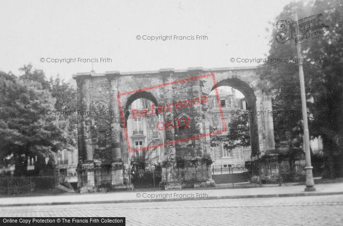 Photo of Reims, La Porte De Mars c.1935
