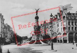 Statue 'la Victoire' c.1935, Reims