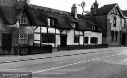 Thatched Cottages c.1955, Repton
