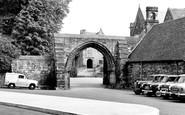 Repton, the Arch, Repton School c1955
