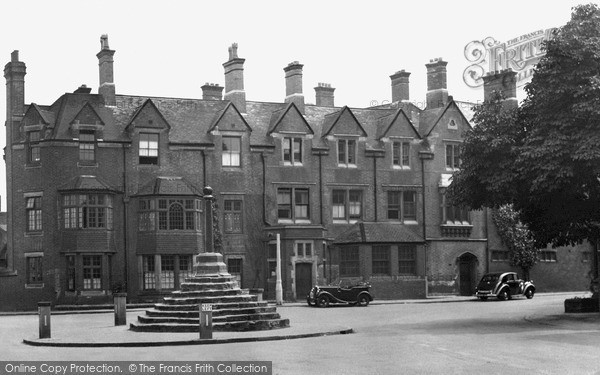 Photo of Repton, The Old Mitre c.1950