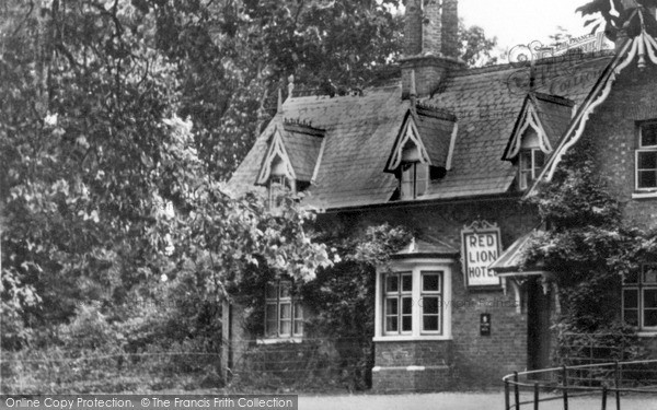 Photo of Revesby, The Red Lion Hotel c.1955