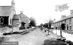 Village 1899, Rhoose