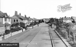 Rhos-on-Sea, Penrhyn Avenue c.1960
