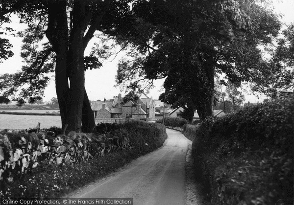 Rhosesmor, Entering Village from west 1936