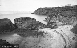 Rhydwyn, Fydlyn Bay c.1936