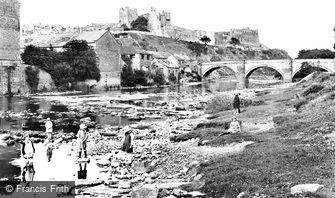 Richmond, Castle and Bridge 1923