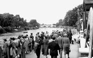 Richmond, the River Walk c1947